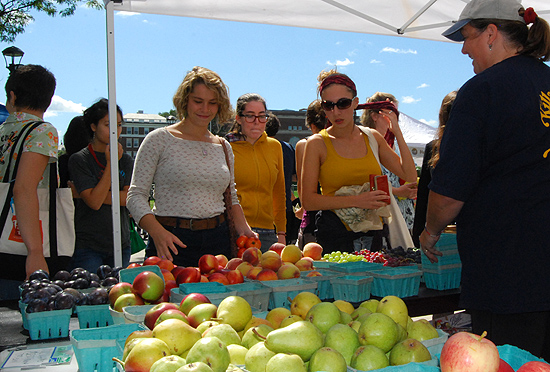 The Killam and Bassette Farmstead of South Glastonbury, Conn. sells fresh fruit and homemade fleece scarves and hats at the third annual Wesleyan Farmers Market held Sept. 10 at the Usdan University Center courtyard.