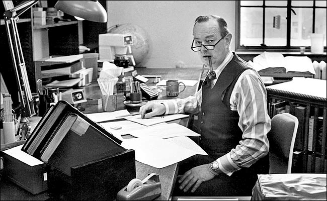 William Manchester in his Wesleyan University office about 1979. (Photo by William Van Saun/Wesleyan University via Associated Press)