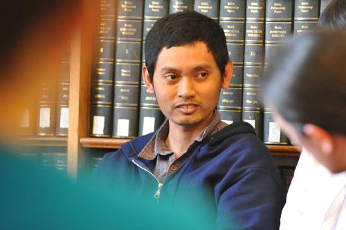Yudhiakto Pramudya, a graduate student in physics, speaks during the lunch-time talk. All attendees were given two minutes to talk.