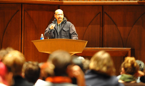 Junot Diaz, the English Department's 2009 Millett Writing Fellow, spoke to the Wesleyan community April 1 in Memorial Chapel. Diaz is the author of Drown, a collection of short stories, and the novel The Brief Wondrous Life of Oscar Wao, which won the 2008 Pulitzer Prize, the John Sargent Sr. First Novel Prize, the National Book Critics Circle Award, the Anisfield-Wolf Book Award, and the Dayton Literary Peace Prize.