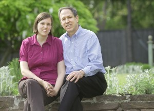 Mark Masselli and Jennifer Alexander '88. (Photo by The Middletown Press)