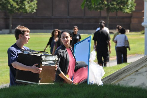 Most students moved in between 9 a.m. and noon.