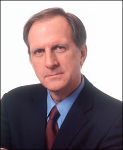 """Bill Blakemore '65, an ABC News Correspondent, will speak on """"The Many Psychologies of Global Warming,"""" during a talk at 8 p.m. Nov. 3 in Memorial Chapel."""