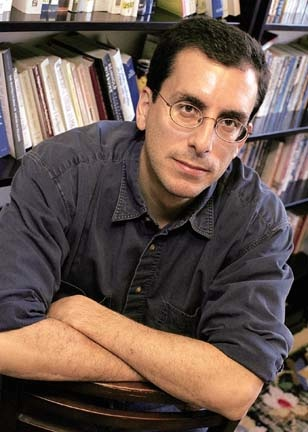 Carlo Rotella '86 (Photo by Lee Pellegrini/BC Chronicle)