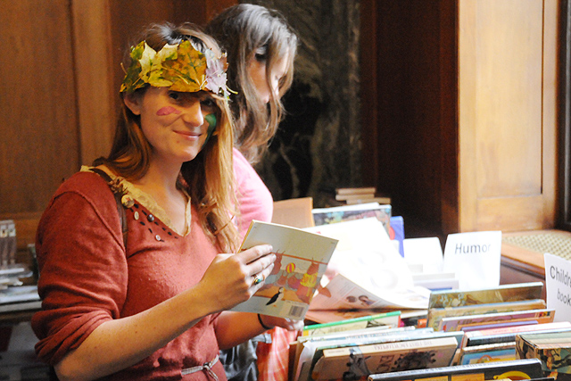 Katherine Yagle '12 browses the book selection.