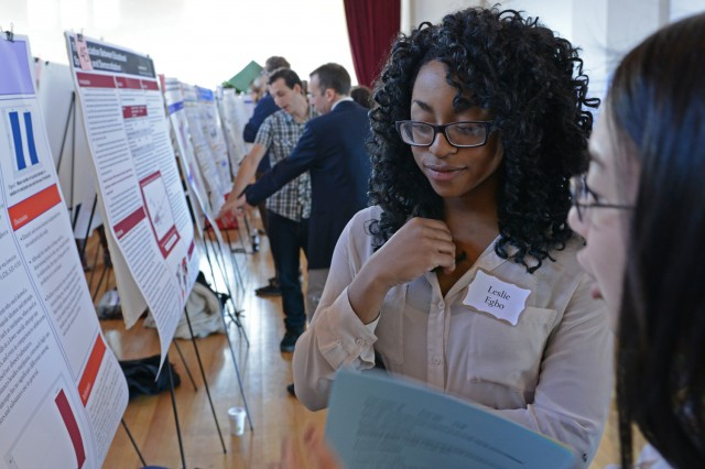 """Leslie Egno '14 presented her QAC research on """"The Association between Substance Use and Suicide Attempts among Adolescents."""""""