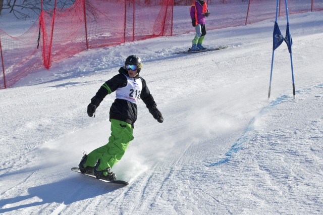 Zachary Kaufman '16 competes in the in the McBrine men's snowboard division.
