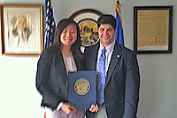 Meiyi Cheng '13 and Mayor Dan Drew.