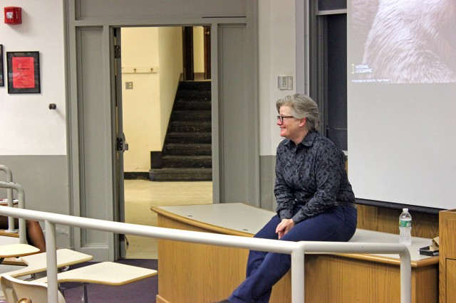 "Lee Ligon '87 returned to campus on June 19 and spoke to students about ""Tubulin post-translational modifications: road signs in the cell"" during the Hughes Program in the Life Sciences Summer Science Seminars Series."