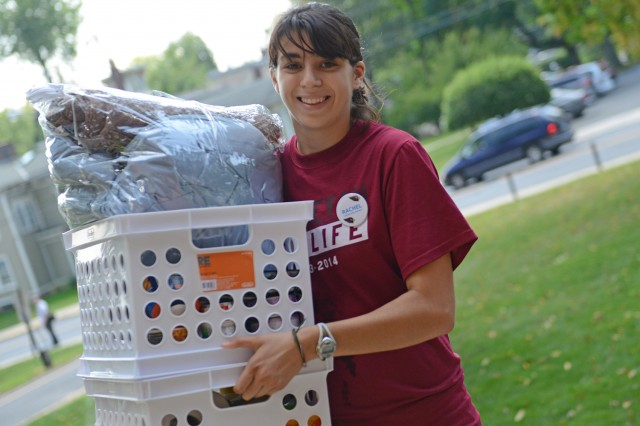 Res Life staff and orientation leaders helped move students into their new home away from home.