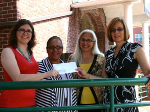 Liberty Bank presented a $5,000 grant to the Green Street Arts Center.