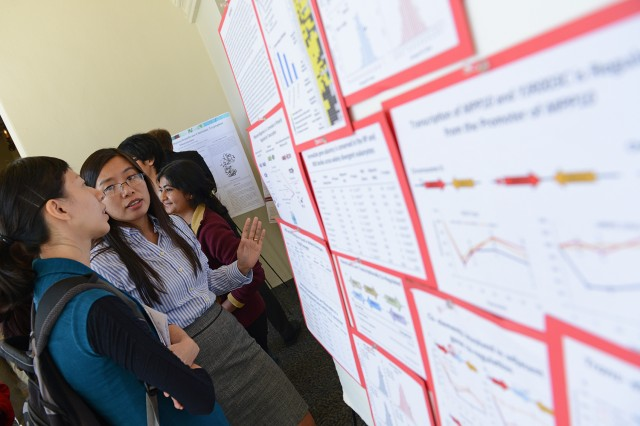 The day-long event provided undergraduates, graduate students, faculty and guests interested in molecular biophysics, physics and chemistry to mingle and learn about each other's ongoing research. Students shared their own research at two poster sessions held in the morning and afternoon.