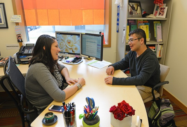 New Connections Mentoring Program Mentor Elisa Cardona, director of student activities and leadership development, speaks with her mentee, Eric Zepeda '17 on Oct. 16. Zepeda comes to Wesleyan from San Francisco, Calif.