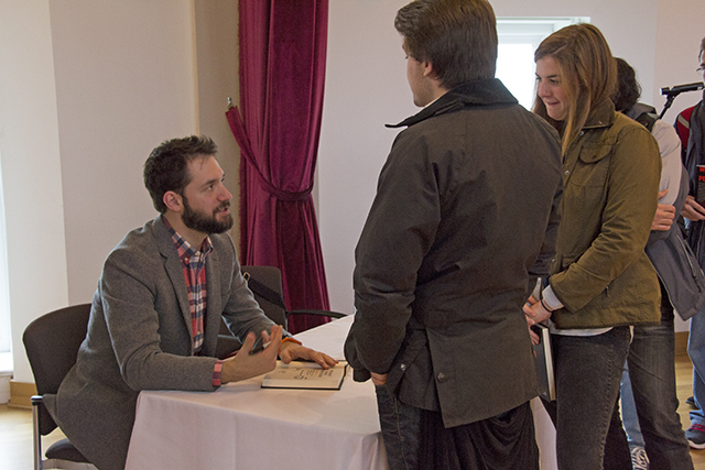 Reddit co-founder Alexis Ohanian signs copies of his book inside Beckham Hall.