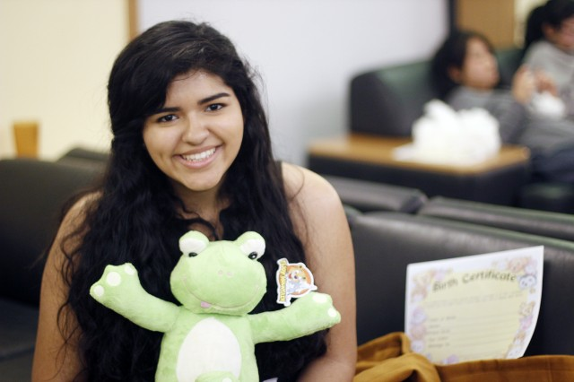 Yadira Ochoa '16 built a frog during the animal building workshop.