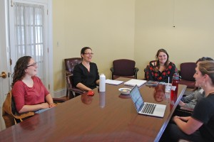 "Fellow Rani Arbo works with ""Earth Out Loud"" student interns Tess Altman '17, Tessa Bellone '16, Megan Nash '14 and Aviva Hirsch '16."