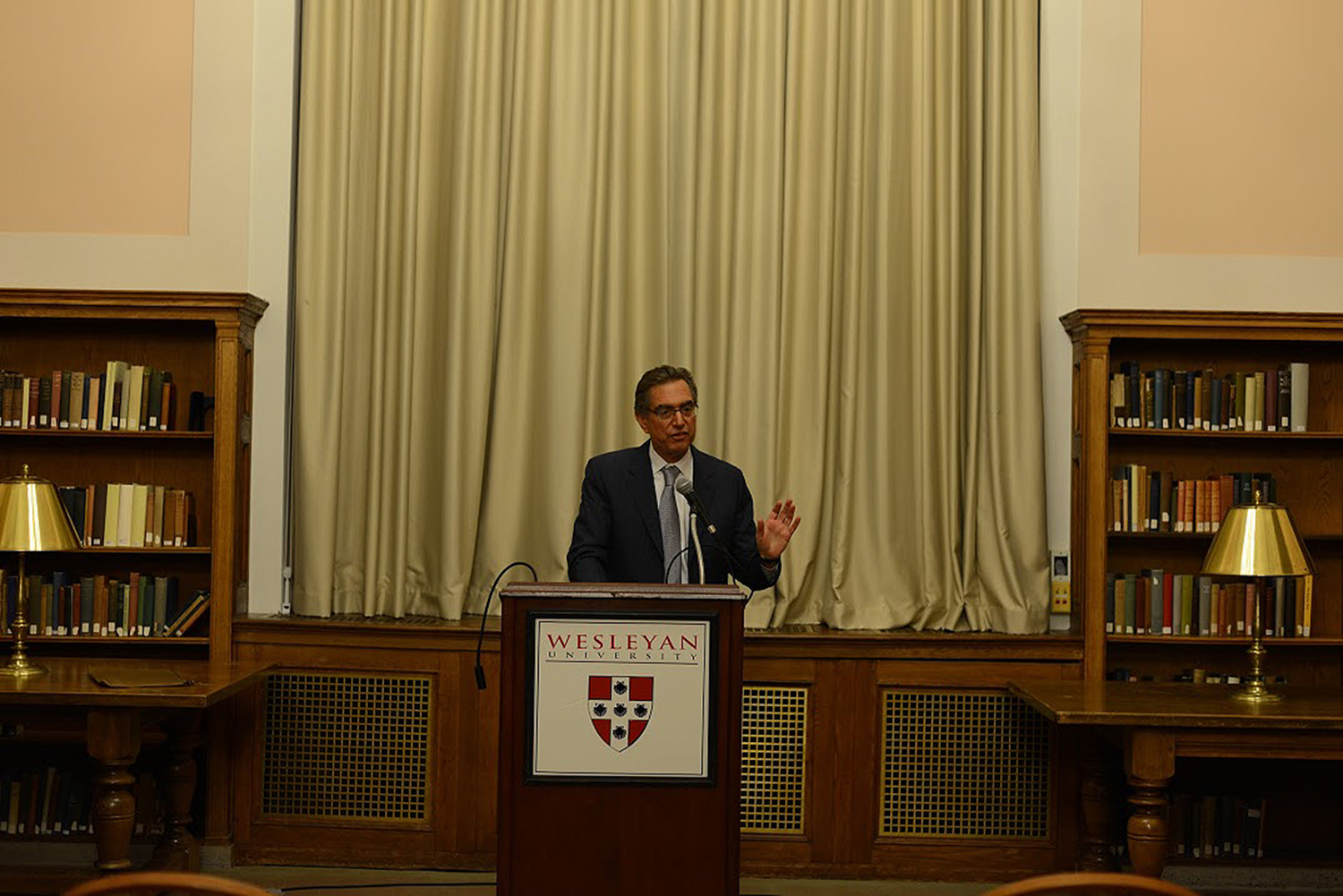 "David Rabban '71 spoke on ""Free Speech, Academic Freedom, and the American University"" during Wesleyan's annual Constitution Day Lecture Sept. 17 in the Smith Reading Room."