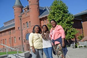 Catherine Lewis '18 is spending Family Weekend with her mother, Christian Roberts P'18 and aunt Elsa Aminlewis.