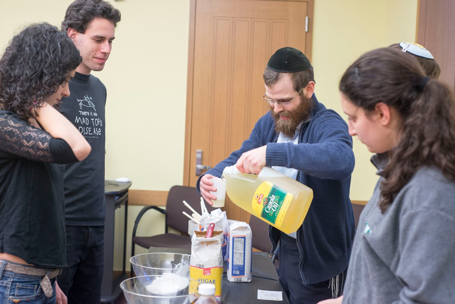 About 30 students gathered in Usdan 110 on March 2 to celebrate the coming of Purim by making hamantaschen. The triangular cookies are filled with a sweet filling, usually made of poppy seeds, and are traditionally eaten during the Purim holiday, which begins on the evening of March 4. Matt Renetzky '18 and Rabbi Levi Schectman organized the event through Chabad at Wesleyan along with help from Elli Scharlin '18 and Aaron Josephs '18.