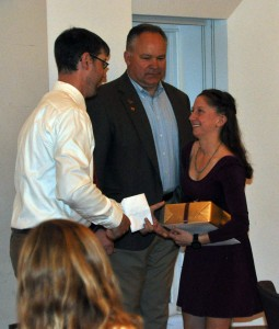 At the banquet, Pat Tynan, head women's crew coach, and Athletic Director Mike Whalen '83 presented an award to Brianne Wiemann '15.