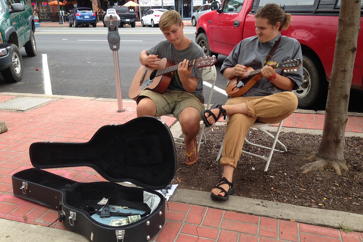 Ben Daley '18 and Seamus Edson '18 provided musical entertainment during the North End Farmers Market. Ben also was a summer Long Lane Farm intern.