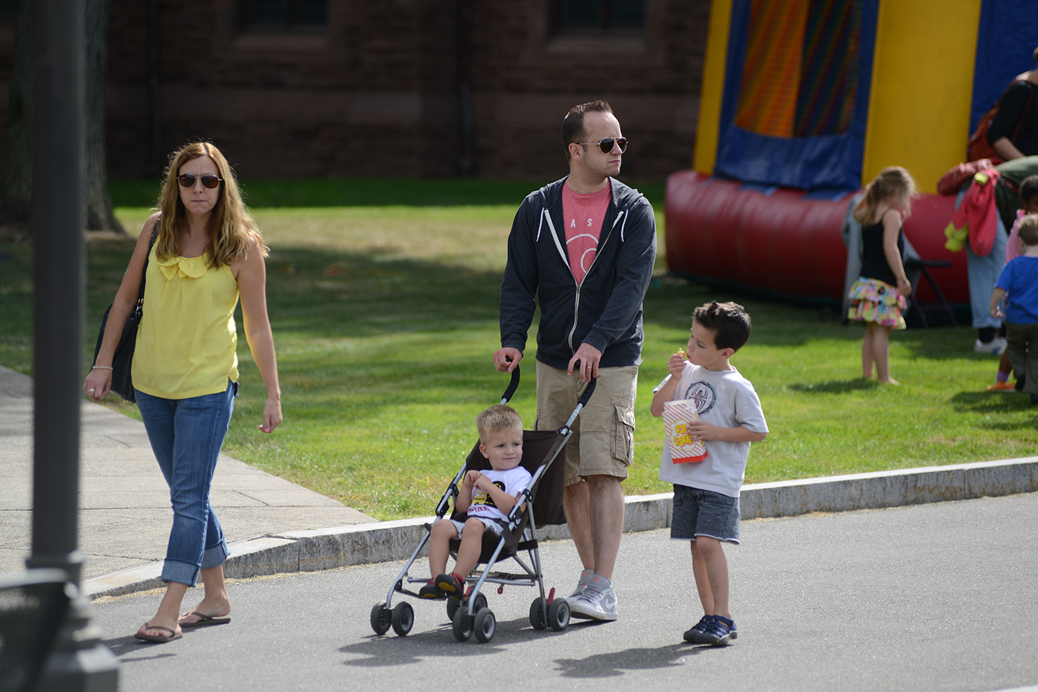 "On Sept. 26, Wesleyan welcomed members of the community and Wesleyan faculty, staff, students, alumni and families to Middletown Day—a day of family fun and athletic events on campus. The theme of this year's event was ""Salute to Service, Honoring Our Veterans."" (Photo by Will Barr '18)"