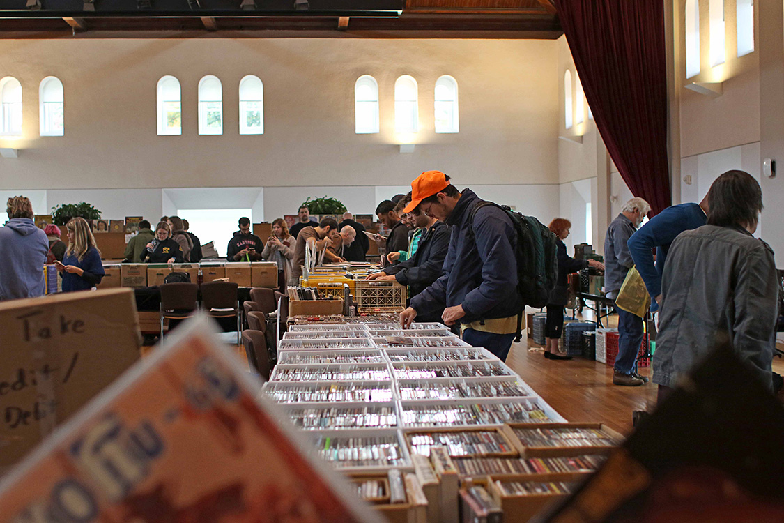 WESU 88.1 FM hosted its annual Fall Record Fair Oct. 18 in Beckham Hall.