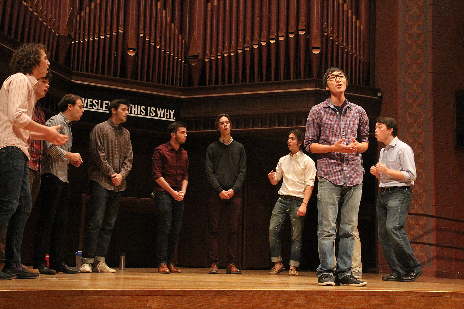 The 5th Annual Stone A Cappella Concert at Memorial Chapel on Nov. 8 featured the vocal talent of Wesleyan's many student a capella groups. (Photo by Rebecca Goldfarb Terry '19)