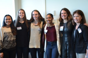 Julie Bennett '00 had the opportunity to connect with Wesleyan Women's basketbal current team members and Coach Kate Mullen (right).