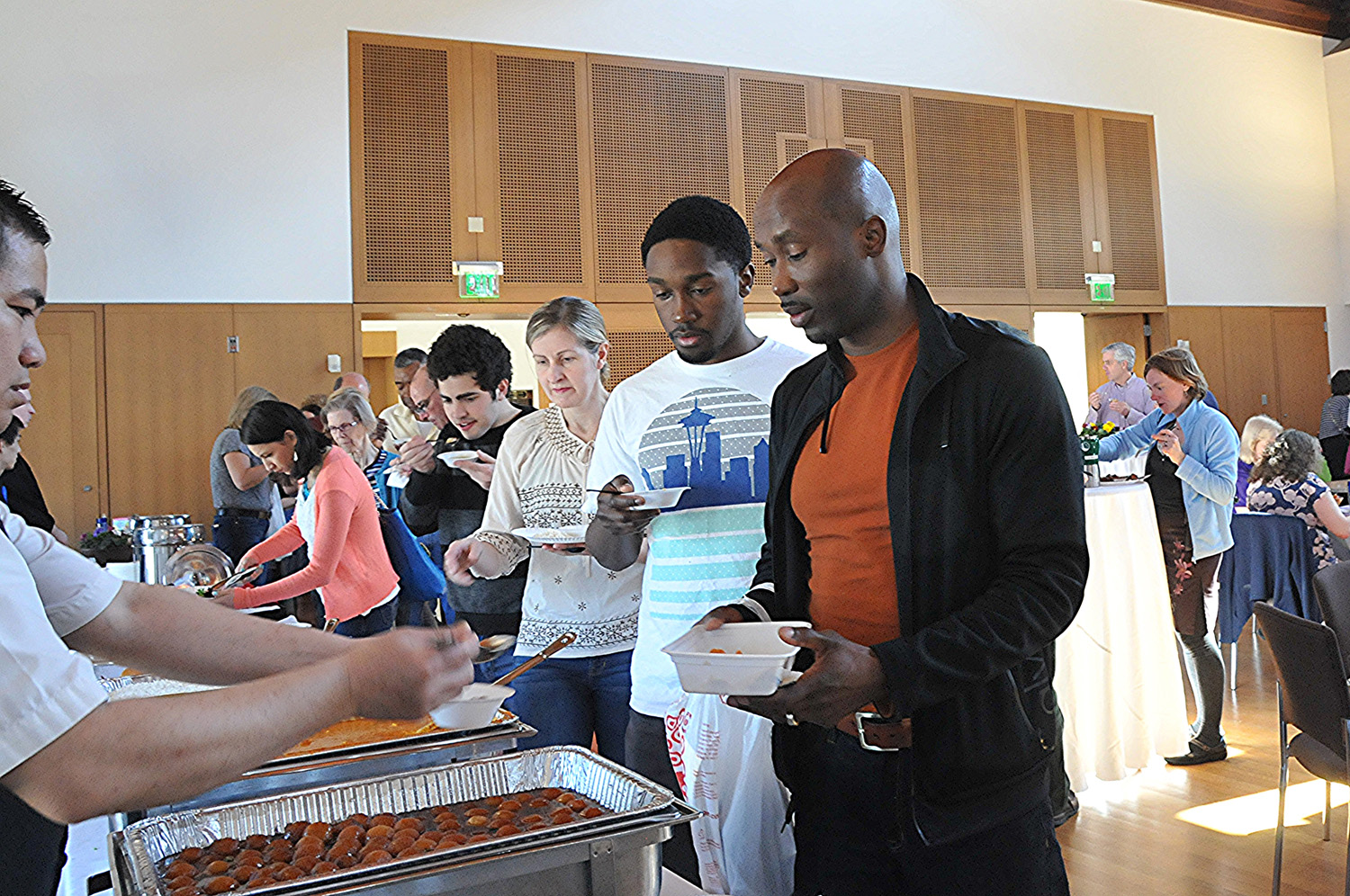 Attendees chose from offerings from 18 local restaurants, hotels, and bakeries.