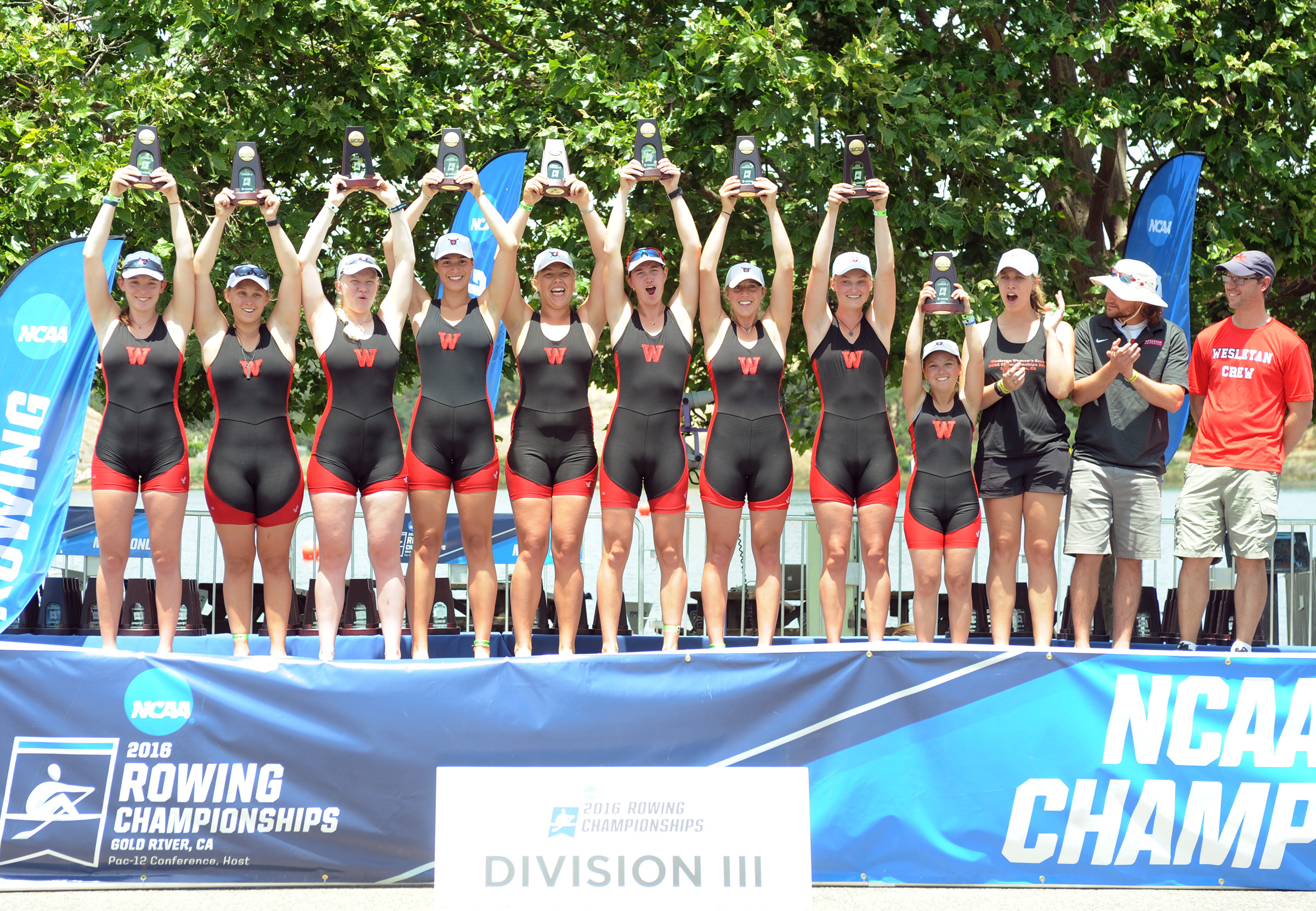 Women's Crew claimed bronze in the 2016 NCAA Division III Rowing Championships.