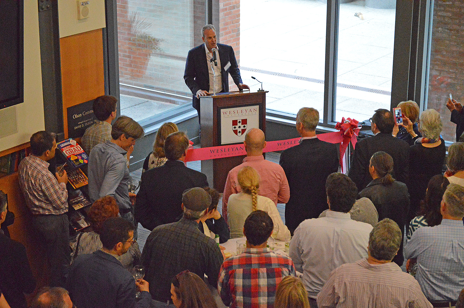 Members of the Class of 1986 and special guests gathered on May 21 to dedicate the Gordon Career Center in recognition of the generosity of Andrew M. Brandon-Gordon '86 and Carlo Brandon-Gordon. (Photo by Tom Dzimian)