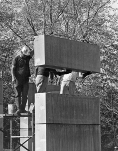 Crews lay limestone blocks with plastic separators to maintain consistent joint thickness, in the building of the Center for the Arts in this 1972 photo. (Photo courtesty of Special Collections & Archives)