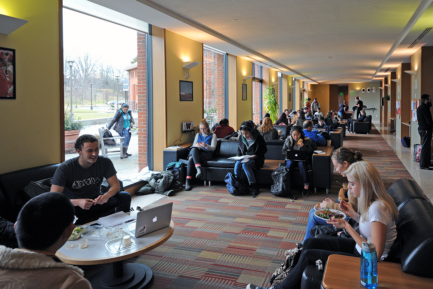 Students gather for lunch at Usdan University Center.