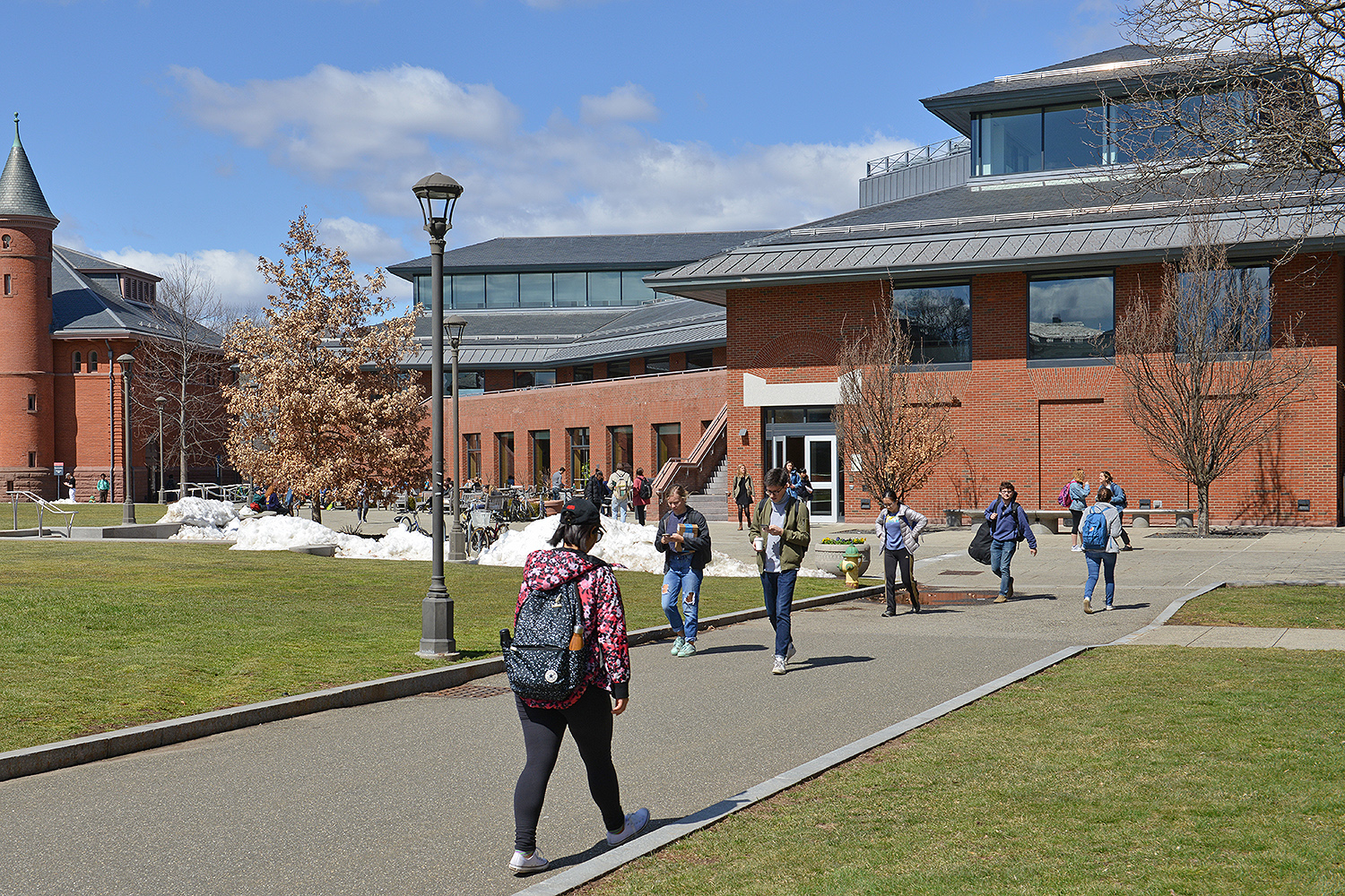 Students enjoy the spring weather on their route to Usdan University Center on March 28.