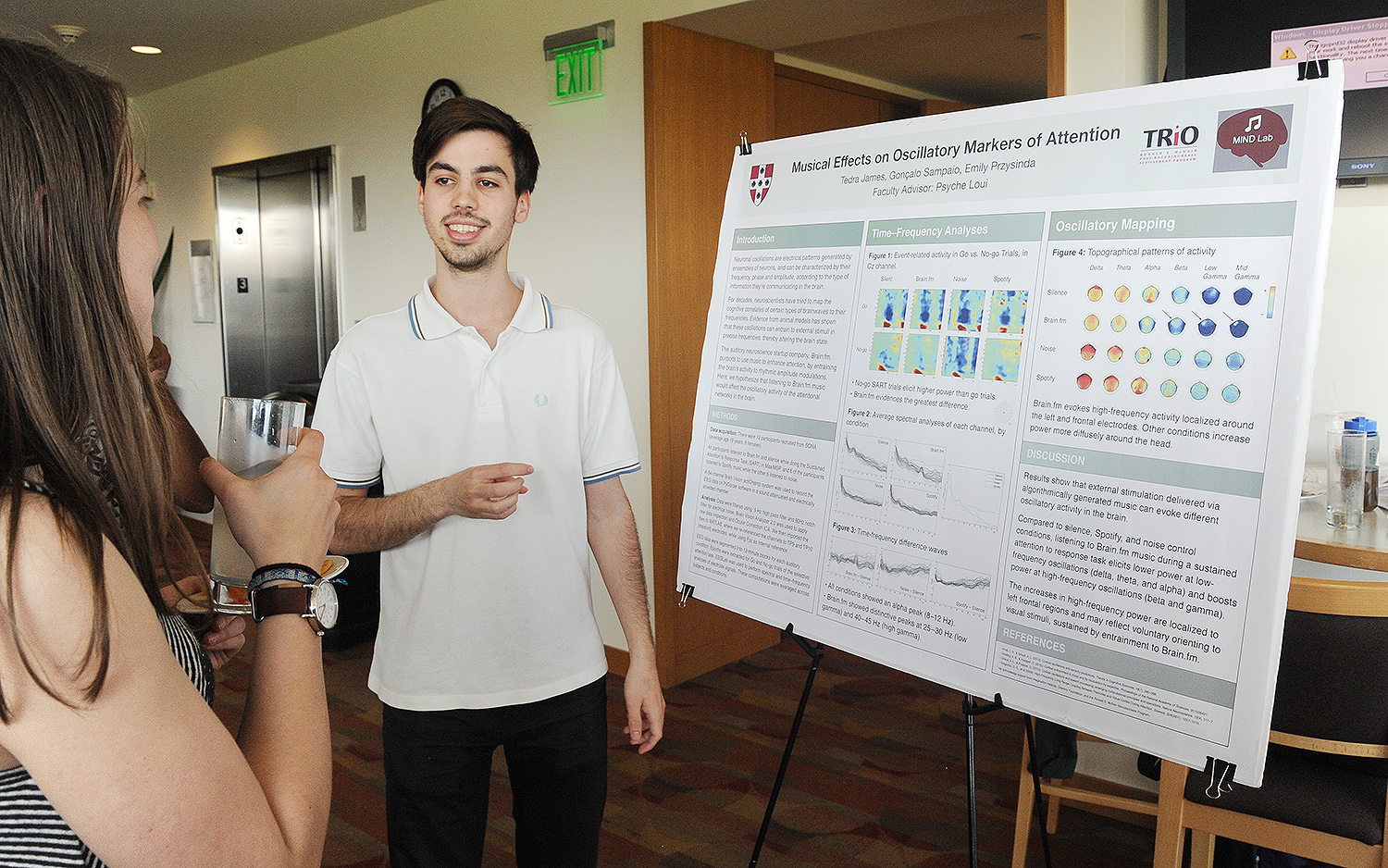 "Gonçalo Sampaio '18 presented his research on ""Musical Effects on Oscillatory Markers of Attention"" at the NSM poster session, Sampaio is majoring in computer science with a linked major in neuroscience."