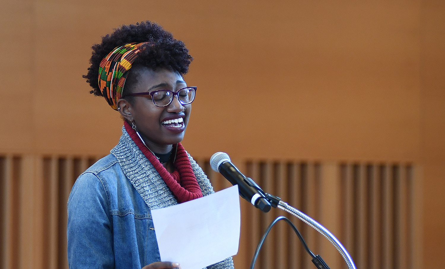 Naomi Williams '18 presented a vocal performance during the commemoration.