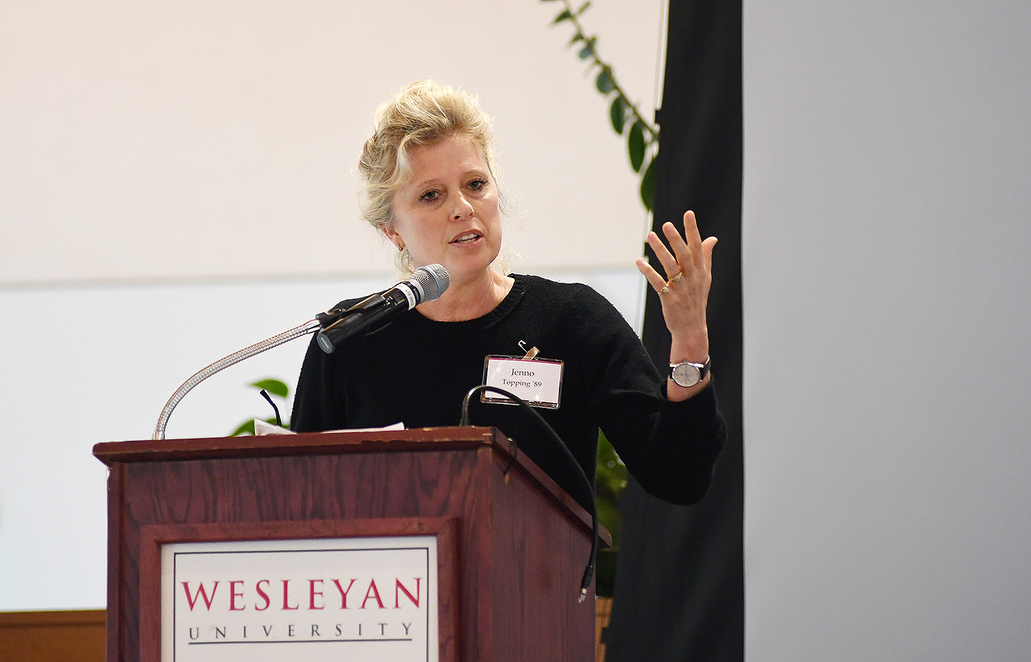 Oscar-nominated producer Jenno Topping '89, president of Film and Television at Chernin Entertainment, delivered the Alumni Keynote Speech on April 13. Topping has been involved in numerous feature films during her tenure at Charnin Entertainment including: Hidden Figures, The Greatest Showman, War for the Planet of the Apes, Red Sparrow, The Mountain Between Us, Miss Peregrine's Home for Peculiar Children,The Heat and more.