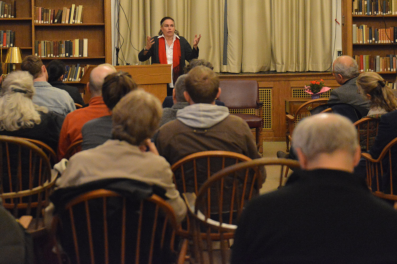 On April 19, New York Times best-selling author Amy Bloom, the Shapiro-Silverberg Professor of Creative Writing, presented a reading from her new novel, White Houses, inside the Smith Reading Room at Olin Library. Bloom also is professor of the practice in creative writing and English.