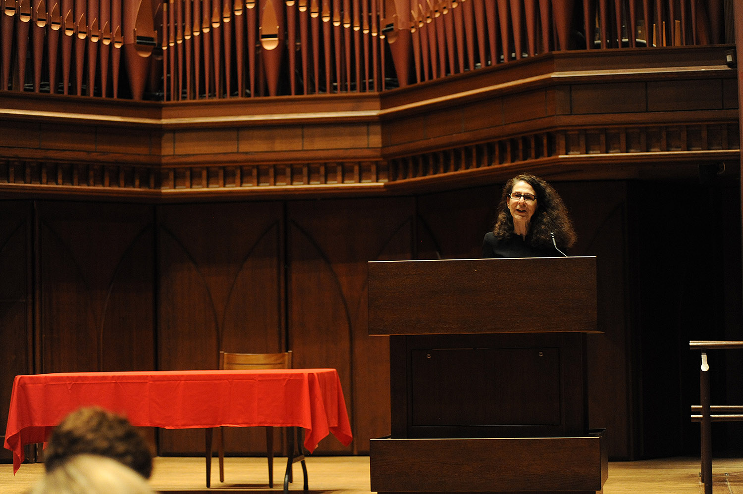 Anne Greene, University Professor of English and director of the Wesleyan Writers Conference and Writing Certificate program, introduced Aciman to the audience.