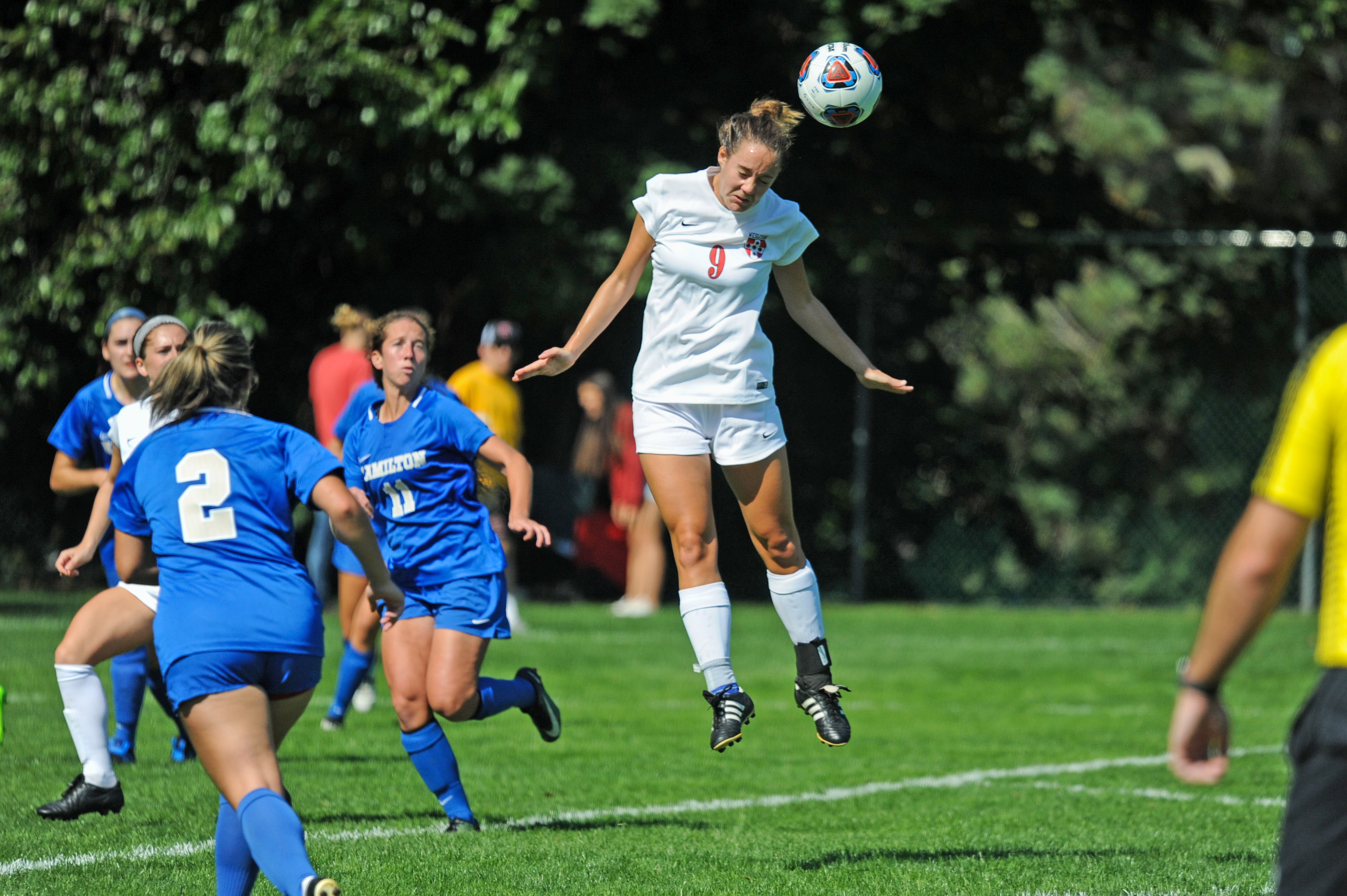 Women's soccer tied 1-1 against Hamilton during the Family Weekend contest.