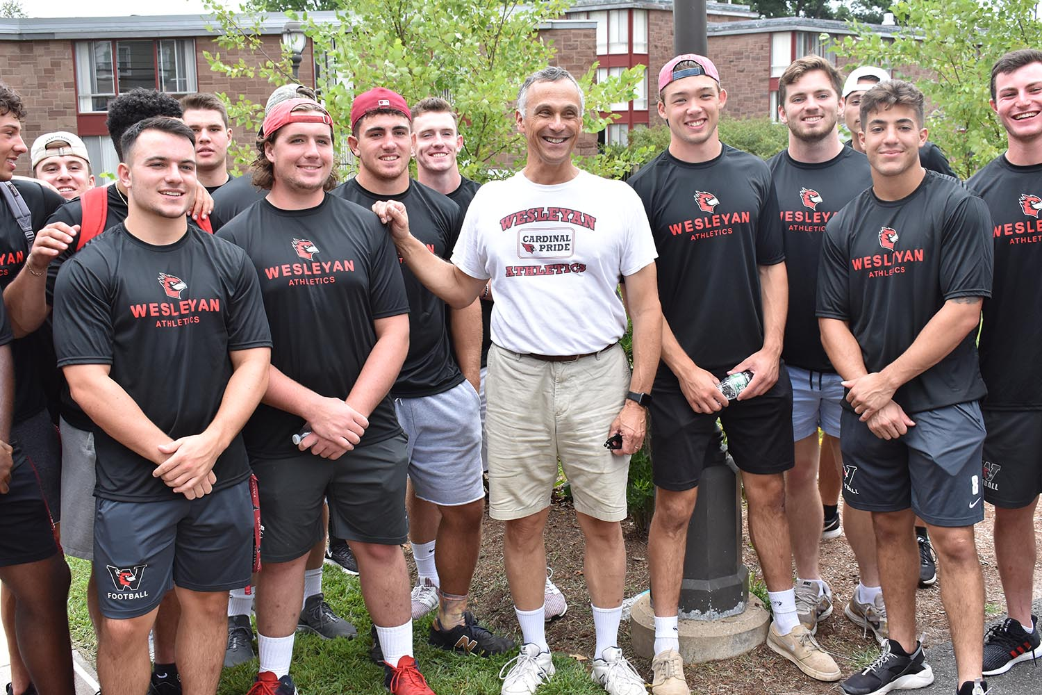 Wesleyan President Michael Roth greeted members of the Class of 2023 and their families on Arrival Day, Aug. 28. President Roth and several student-athletes helped the new students move their belongings into their new residence halls.
