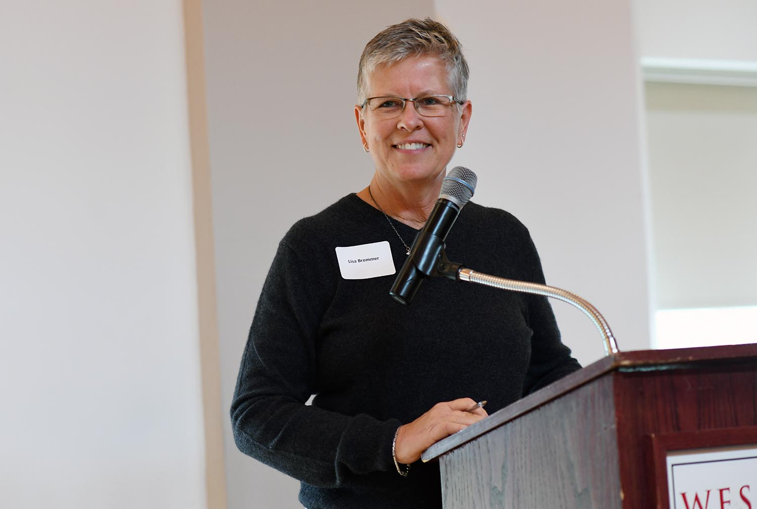 Lisa Brommer, associate vice president for the Office of Human Resources, welcomed the employees and their guests to the event.