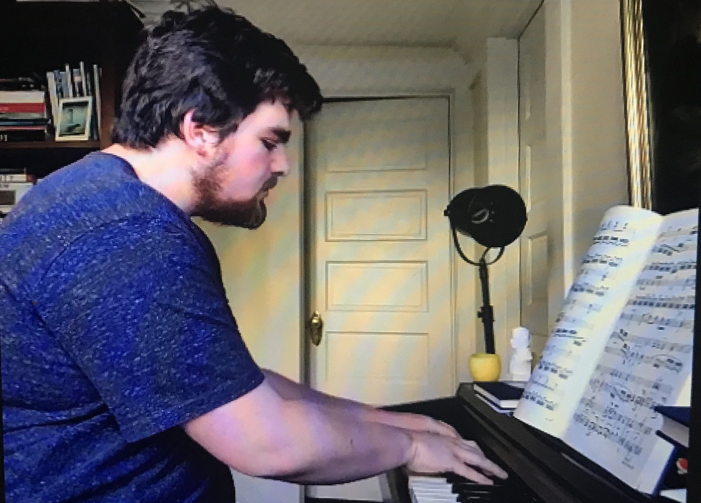 "Roby Mann '21 performed Ludwig van Beethoven's Piano Sonata No. 23 in F minor, Op. 57 ""Appassionata"" II. Andante con moto live on a piano."
