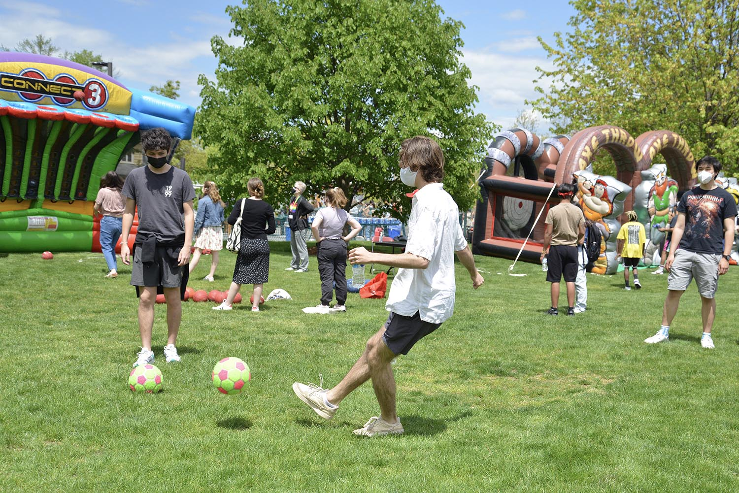 Tickets to the event were $6 and 100 percent of the proceeds were donated to the Middletown Mutual Aid Collective. Tickets holders gained access to a dozen carnival games, music by student bands, and meal options by four food trucks.