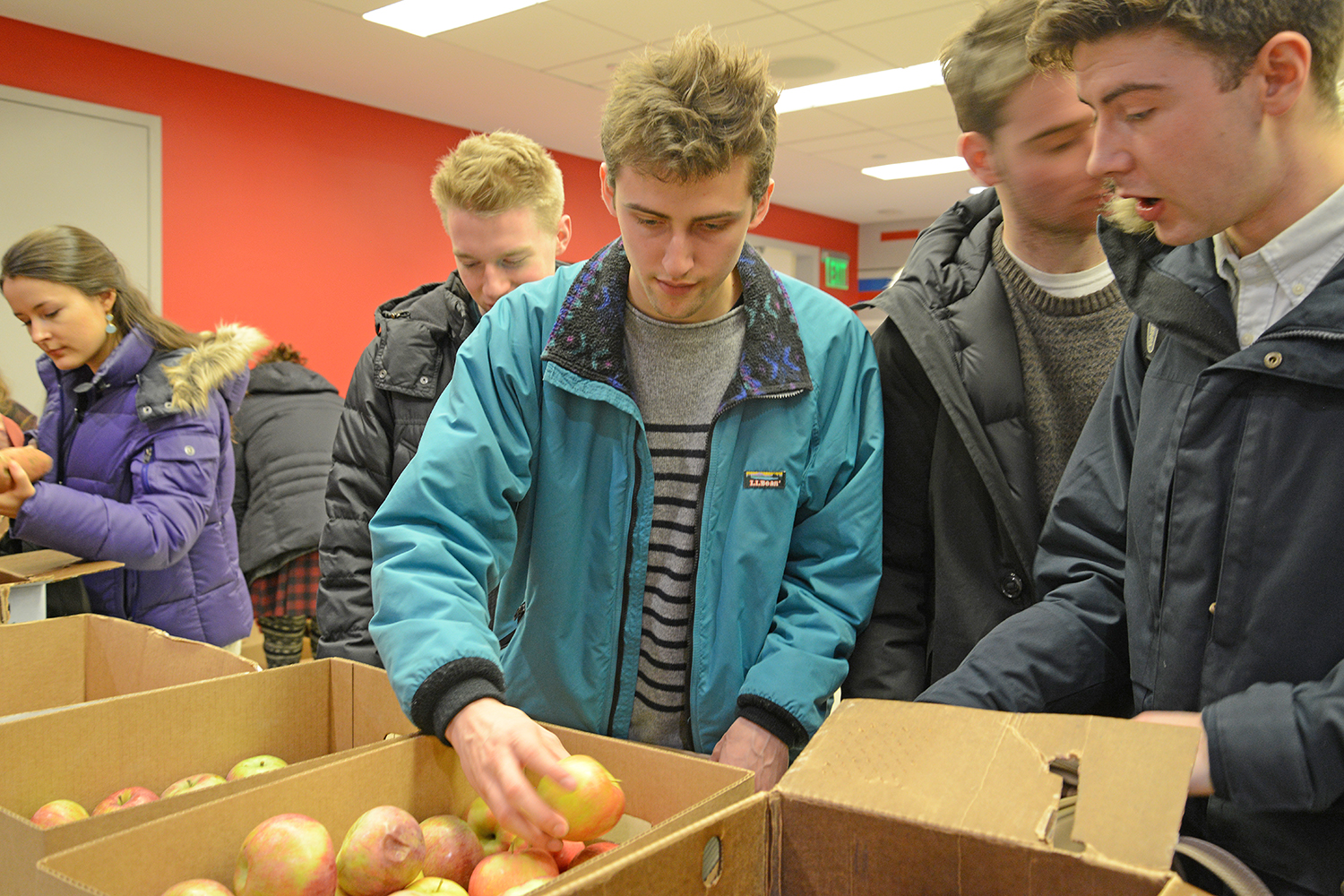 Wesleyan students, staff and faculty may join the Local Food Co-Op. Fresh produce, dairy items, bread and roasted items are delivered to Wesleyan once a week throughout the academic year for pick-up.